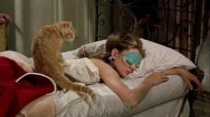 Ce rişti dacă dormi cu doar 30 de minute mai puţin pe noapte
