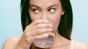A băut trei litri de apă pe zi. E incredibil cum arată acum