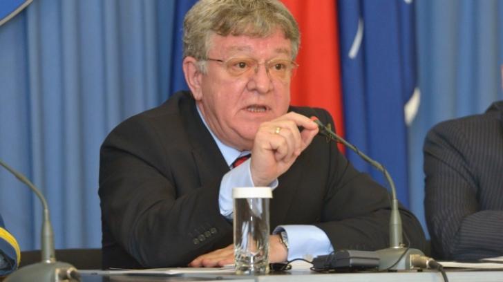 """Dosarul """"Case pentru generali"""". Fostul ministru Dobriţoiu, închisoare cu suspendare"""