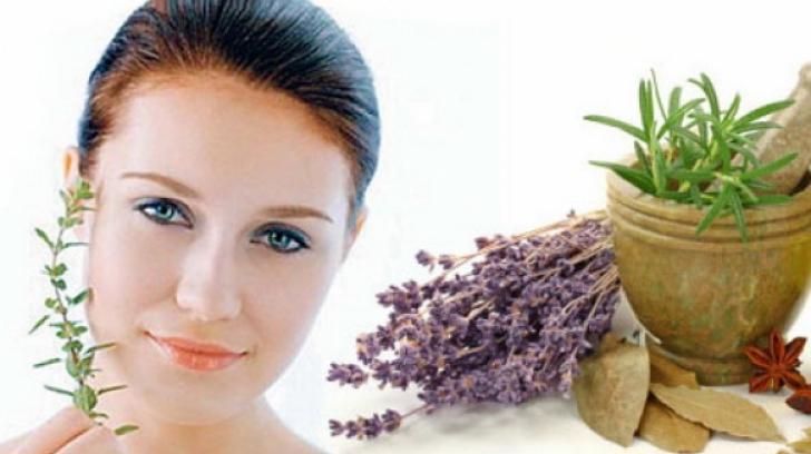 Tratamente naturiste pentru acnee