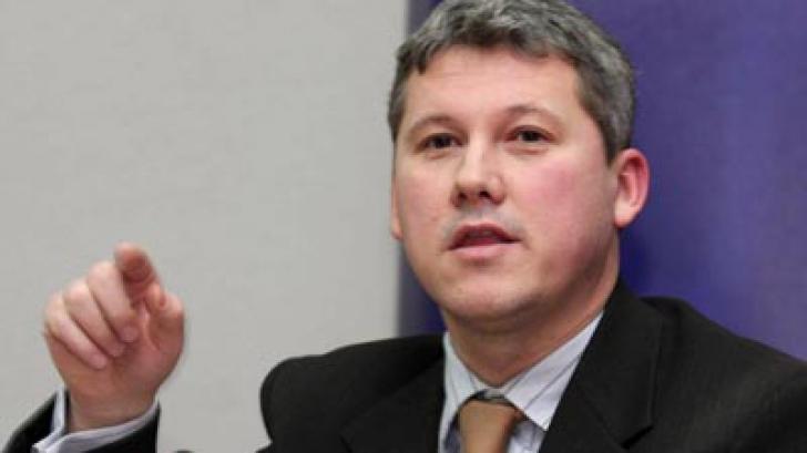 Cătălin Predoiu: De ce depinde căderea Guvernului Ponta