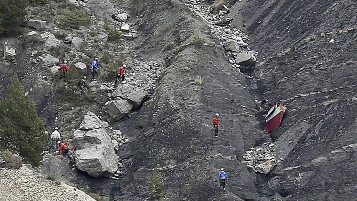 Avion prăbuşit în Alpi. Anunţul oficialilor germani, cu privire la slujba naţională de doliu