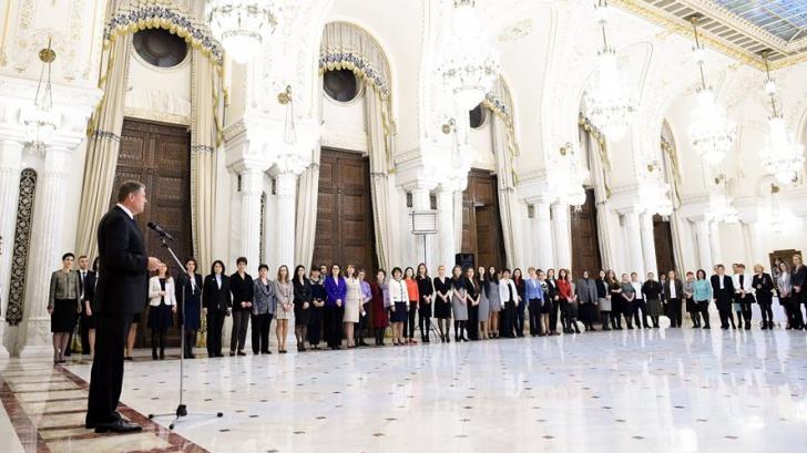 Supriza pregătită de Klaus Iohannis, de 8 martie, pentru femeile de la Palatul Cotroceni