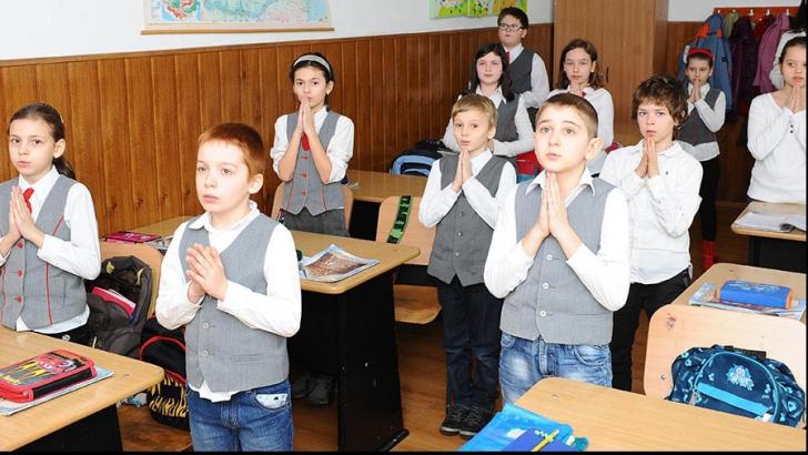 Ora de religie. Cultul baptist şi cel penticostal vor fi predate în şcoli
