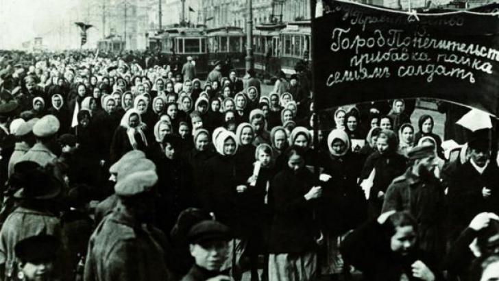 Adevărul istoric despre 8 Martie: Baie de sânge și minciună mondială