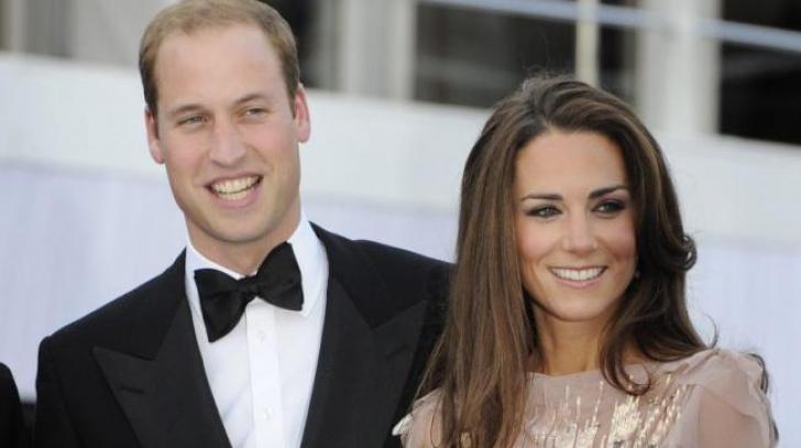 Marea Britanie: Prințul William este angajat ca pilot la serviciul aviatic de urgență