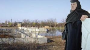 Maica stareţa a Mănăstirii Sfintei Cruci din Oradea, trimisă în judecată pentru spălare de bani