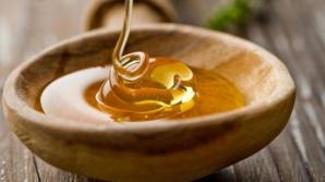 Cum deosebim mierea naturală de cea contrafăcută. Testul cu bula