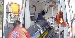 Accident de muncă grav în centrul Reşiţei: s-a prăbuşit în gol de la etajul 3
