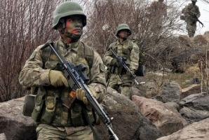 Un soldat din trupele guvernamentale, ucis de rebelii proruși lângă Mariupol / Foto: Arhivă