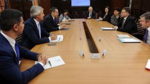 Vicepreşedintelui Comisiei Europene, Valdis Dombrovskis, a fost primit astăzi la Palatul Victoria