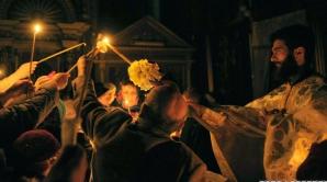 Lumina Sfântă de la Ierusalim va fi adusă, în jurul orei 19,00, în România