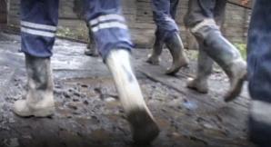 Hunedoara: Liderii Sindicatului Muntele au încheiat greva foamei