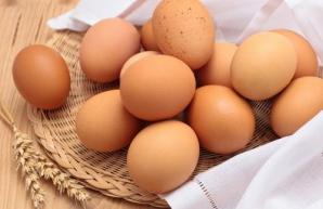 Mituri şi adevăruri despre ouă. Când sunt 'bombă' nutritivă şi când ne otrăvesc