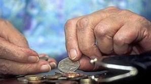 Pensionarii cu venituri mici ar putea primi a 13-a pensie