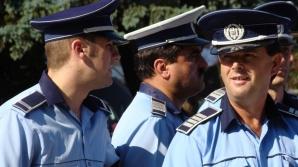 Ce îi avertizează Poliția Română pe românii plecați de acasă de Paște