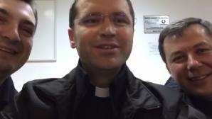 """Campanie inedită, inițiată de mai mulți preoți catolici: """"Fă ce face popa"""""""