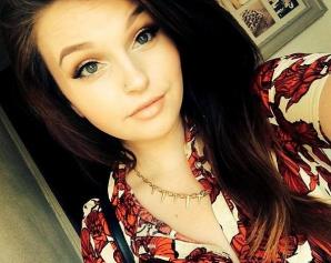 O fostă concurentă X Factor a murit la doar 19 ani