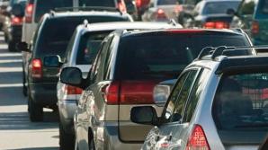 Trafic infernal pe Valea Prahovei: Coloană de maşini pe cel puţin 15 kilometri