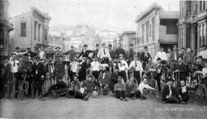 Istoria uitată a bicicliștilor, cei care au militat pentru asfaltarea șoselelor
