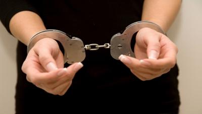 Femeie arestată pentru furt