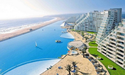 Cea mai mare piscină din lume este cu adevărat spectaculoasă