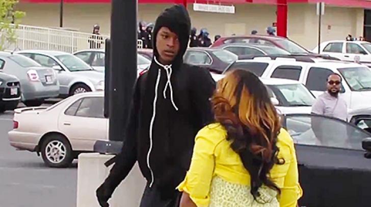 Şi-a găsit fiul încercând să meargă cu prietenii la protestele din Baltimore. Ce a urmat este viral!