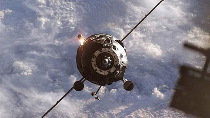 """Capsula cargo Progress M-27M a început să cadă către Terra: """"E incontrolabilă"""""""