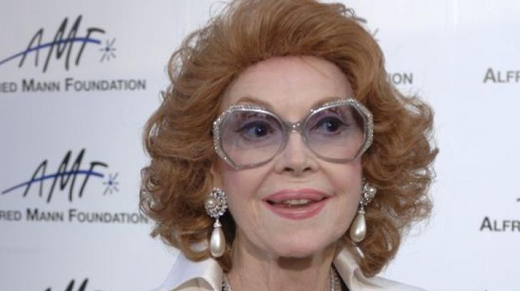 O actriţă legendară a murit în locuinţa ei din Los Angeles