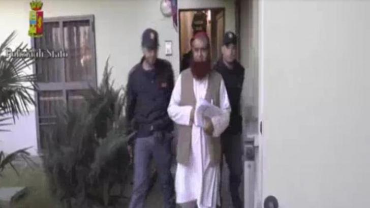 Atentat la adresa Papei, dejucat! Terorişti afiliaţi Al-Quaeda, arestaţi