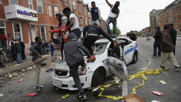 REVOLTA din Baltimore. Analiză: un oraş în luptă cu poliţia