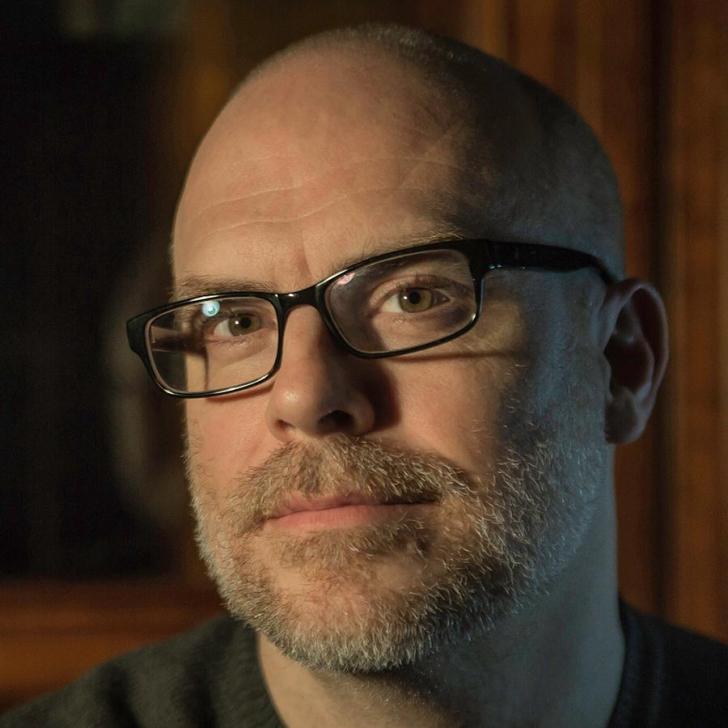 """Regizorul american premiat la Sundance  pentru """"The Russian Woodpecker"""" vine la Cinepolitica"""