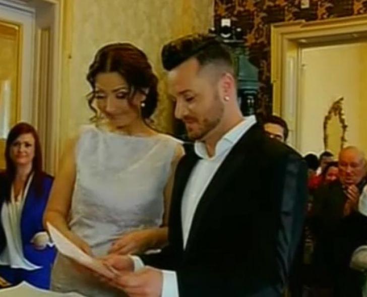 """Gabriela Cristea şi Tavi Clonda au spus """"Da"""". Primele imagini cu cei doi îndrăgostiţi după căsătorie"""