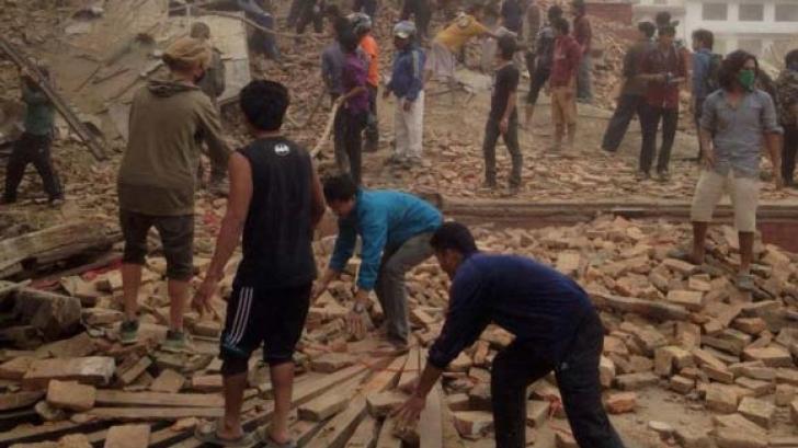 Guvernul Ponta acordă, de principiu, un ajutor de urgență de 50 000 de dolari, pentru Nepal