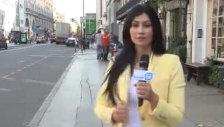 Neașteptat! Ce se întâmplă în spatele acestei reportere, în timpul transmisiunii în direct