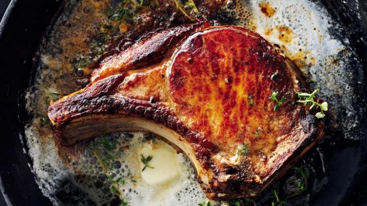 Cum să găteşti carnea ca un bucătar profesionist. Trucuri pentru o friptură perfectă
