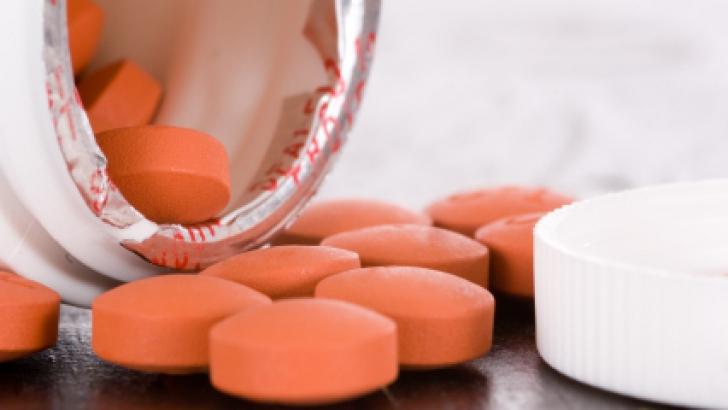 Adevărul despre pilula de Ibuprofen. În ce condiţii este cu adevărat periculoasă