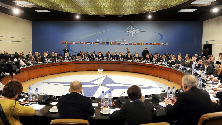 NATO garantează că va apăra România
