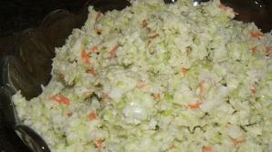 Un angajat KFC a făcut publică reţeta delicioasei salate coleslaw