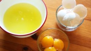 <p>Efectul uimitor al albușului de ou. Cum poate atenua ridurile profunde</p>