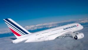 Avion Air France, escortat de avioane militare, după o ameninţare cu bombă