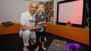 <p>Psiholog român, nominalizat la premiile World Autism Festival pentru o terapie revoluționară</p>