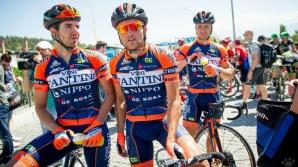 Eduard Grosu (stânga) va participa la marea competiție ciclistă din Italia
