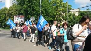 Protest la Guvern. Peste o mie de sindicalişti din administraţia publică, în stradă