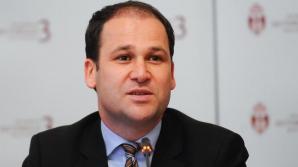 Primarul Robert Negoiță a semnat patru noi contracte pentru reabilitarea termică pe fonduri europene
