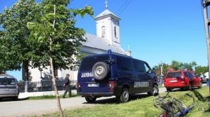 Preot, scos cu jandarmii din biserică. Ce s-a întâmplat? / Foto: voceatransilvaniei.ro