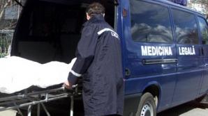 A murit după ce a căzut de la etajul 5, încercând să nu fie prins de soţie cu amanta