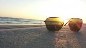 Ochelarii de soare ne pot afecta vederea. De ce trebuie să ţinem cont