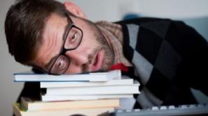 Câte ore trebuie să dormi pe noapte pentru o funcționare perfectă a creierului