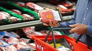 Cât de atenţi sunt români la calitatea produselor alimentare pe care le cumpără?